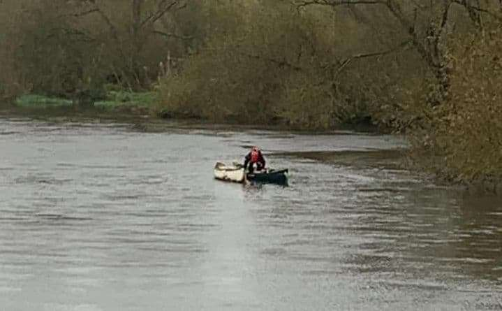 The kayakers were carrying out rescue drills on the Avon River (photo: Southbourne Coastguard)