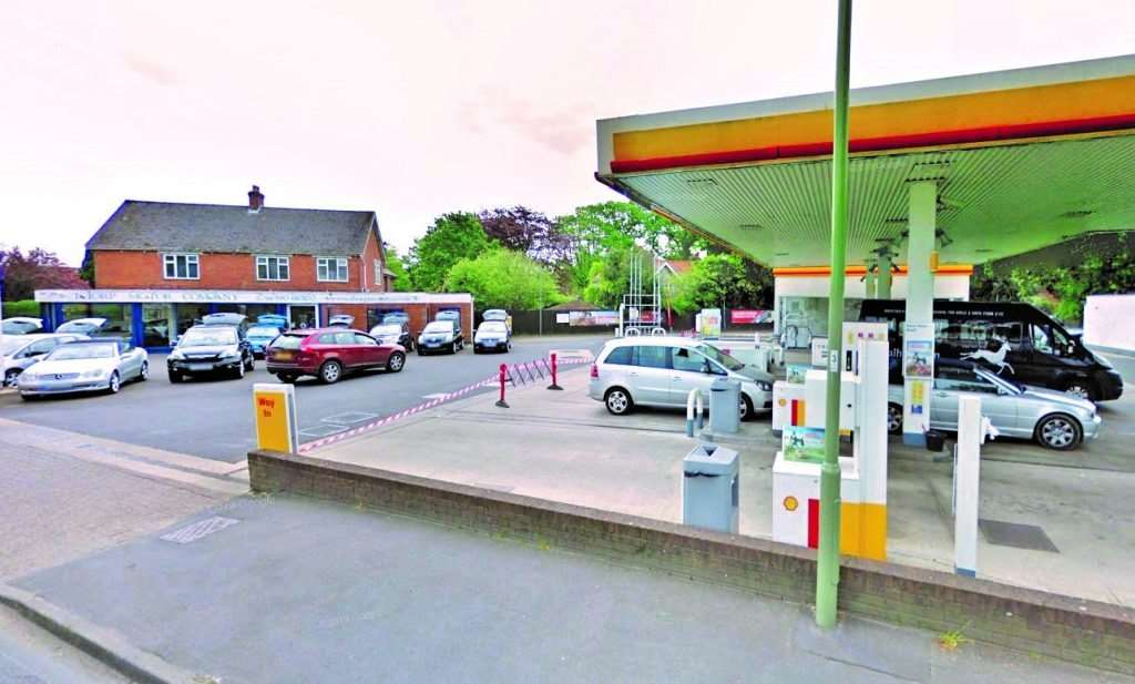Thorp Motors and the Shell petrol station at Pennington Cross (photo: Google)