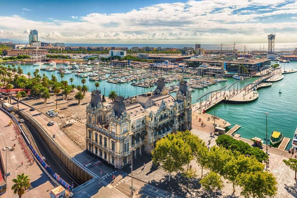 Port Vell in Barcelona seen from the top of Columbus Monument (Photo: stock image)